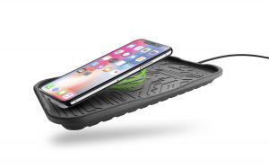 Silikonová podložka CellularLine Fast Charge Cradle s fukncí bezdrátového nabíjení, černá