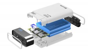 Kompaktní powerbanka Cellularline FreePower Manta HD 10000mAh, Smartphone Detect, USB-C + 2xUSB port, bílá