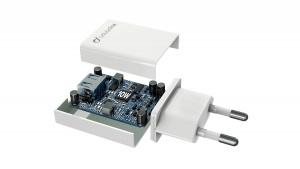 Síťová nabíječka Cellularline s USB konektorem, 10 W, bílá