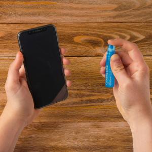 Kapesní čistící set na displeje s pouzdrem CELLY Clean Kit Pochette 5 ml, modrý